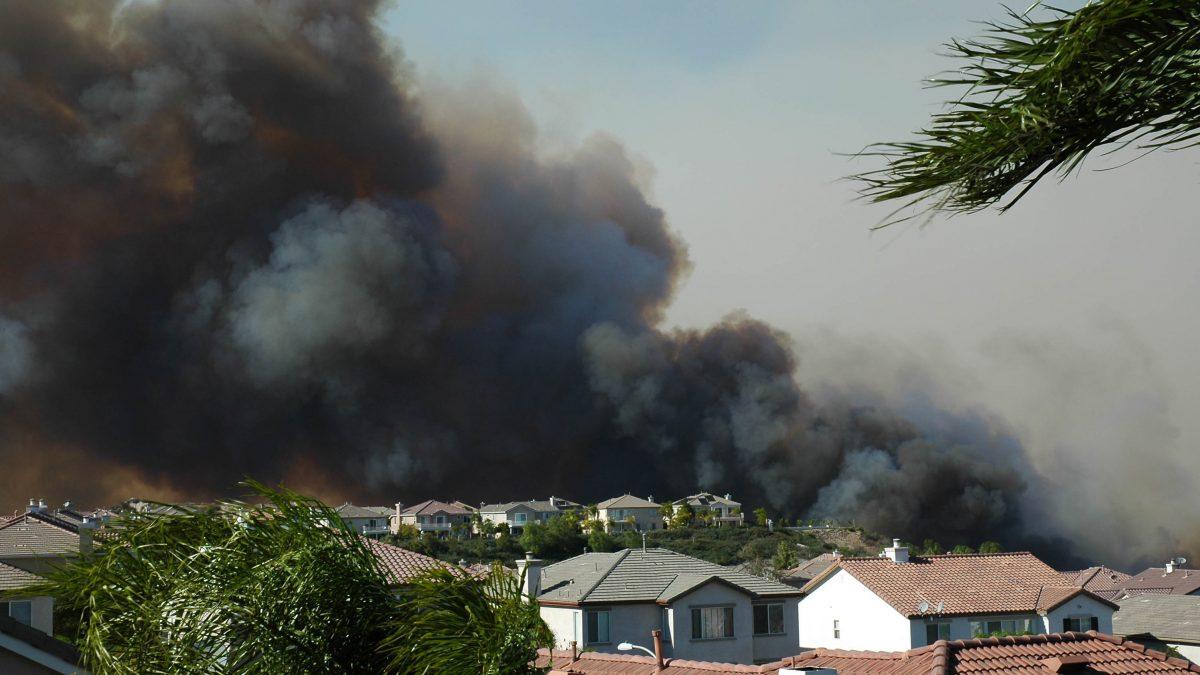 Neighborhood struck by wildfire
